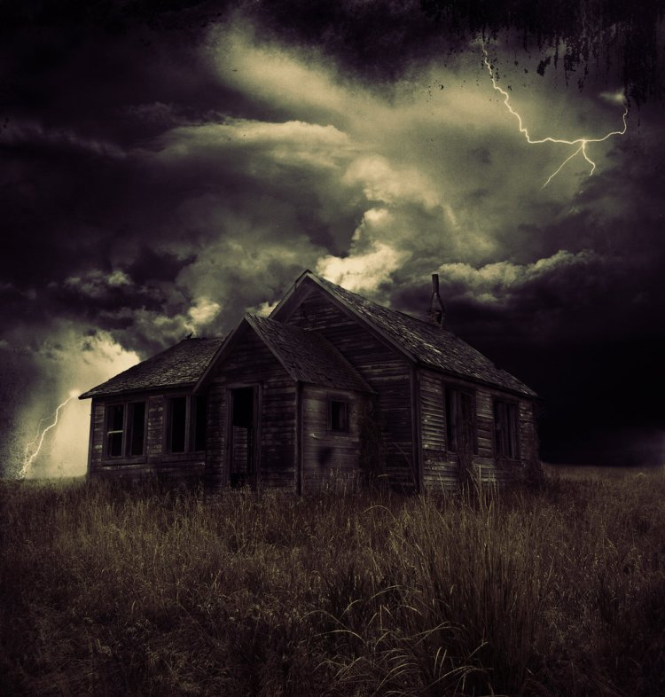 dark_ancient_house_by_sand3rr